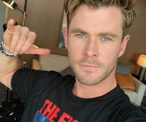 Avengers, Marvel, and chris hemsworth image