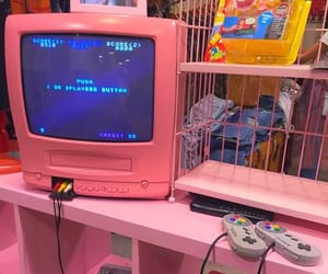 aesthetic, pink, and 90s image
