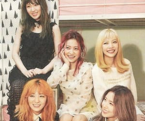 red velvet and russian roulette image