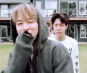 army, gif, and k-pop image