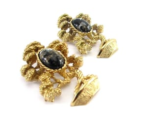 gold tone, vintage brooch, and by amway image