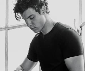 Hot, shawn mendes, and wow image