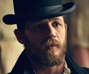 tom hardy and peaky blinders image