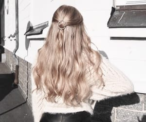 blond, clip, and hairstyle image