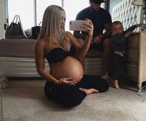 family, inspiration, and pregnant image
