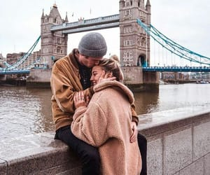 couple, london, and Londres image