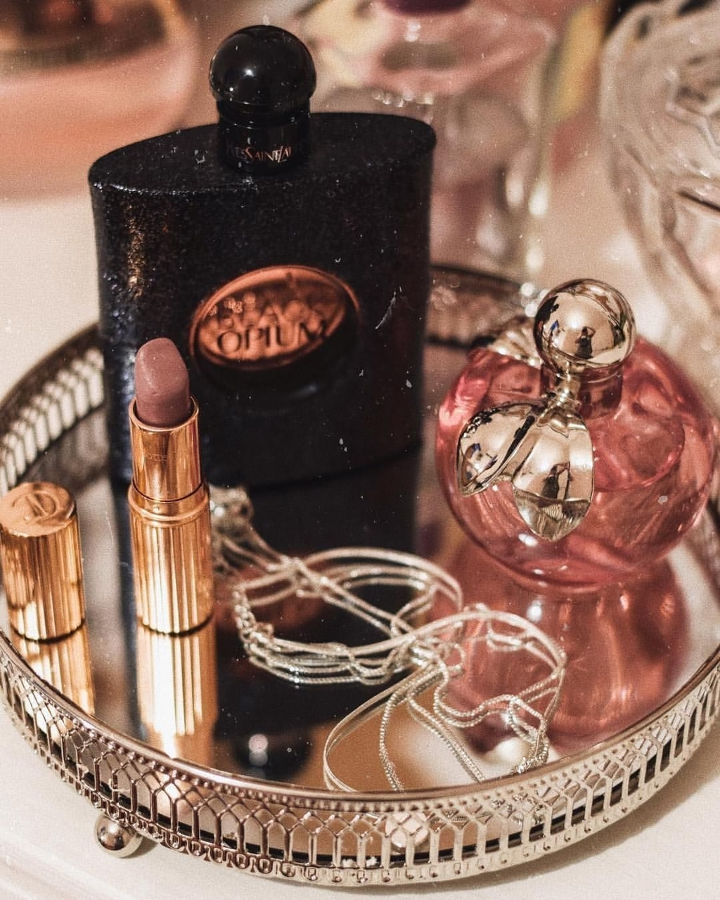 girls, lipstick, and parfum image