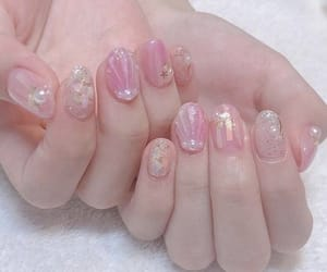 nails and pick image