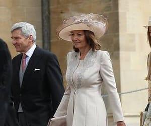 boda, moda, and royal image