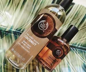 body shop, coconut, and scent image