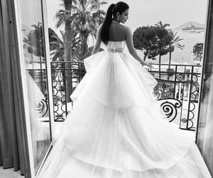 dress, fashion, and priyanka chopra image