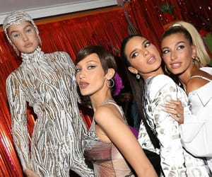 best friends, photo, and kardashian image