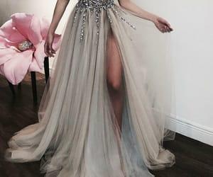 beautiful dress, pretty, and beauty image