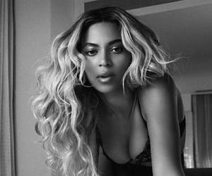 beautiful, dark, and béyonce image