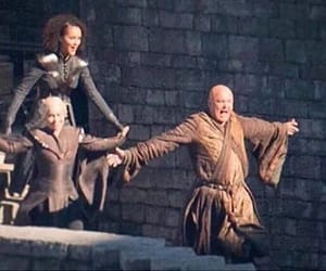 behind the scenes, emilia clarke, and game of thrones image