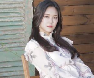 hyunjin, loona lq, and loona image