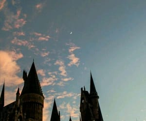 wallpaper, harry potter, and hogwarts image