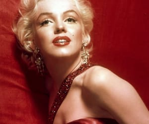 Marilyn Monroe, red, and vintage image