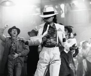 icon, king of pop, and michael jackson image