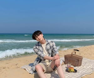 aesthetic, beach, and ulzzang image