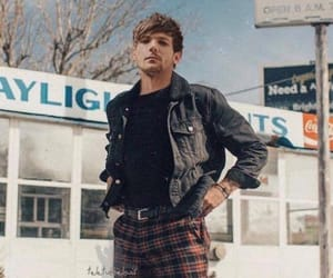 louis, sexy, and tomlinson image
