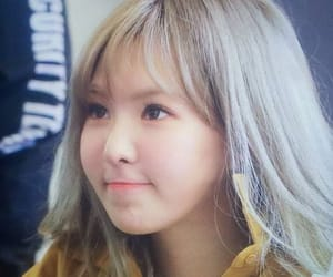 cheeks, red velvet, and wendy image