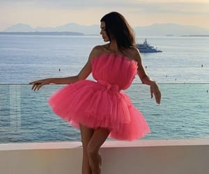 kendall jenner, dress, and pink image
