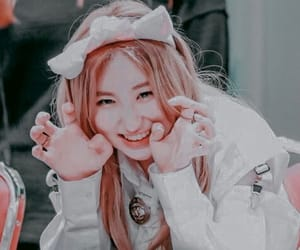 aesthetic, chaeyeon, and clean image