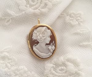 bijoux, cameo, and chic image