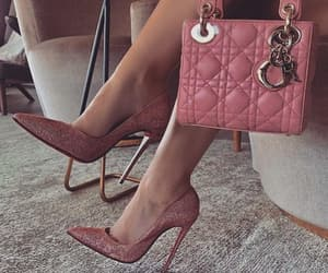 fashion, pink, and classy image