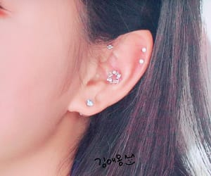 ear, loona, and details image