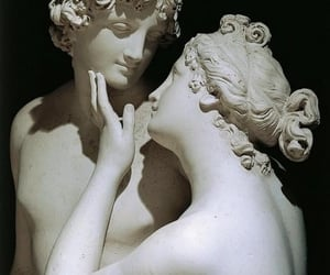 sculpture and Venus image