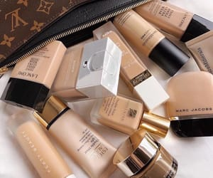 beauty, estee lauder, and Foundation image