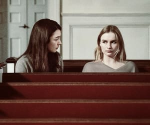 Elle and helena image