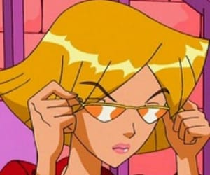 cartoon, aesthetic, and 90s image