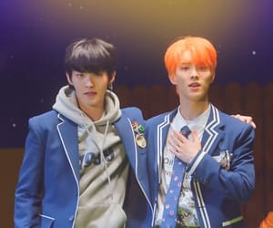 Q, the boyz, and hwall image
