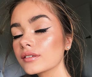 beautiful, eyeliner, and wing image