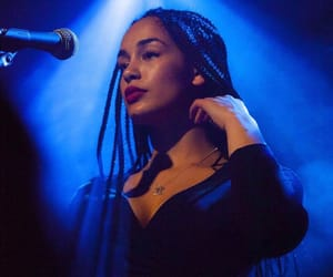 jorja smith and pretty image