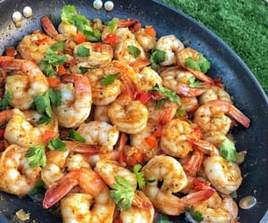 food, shrimp, and foodporn image