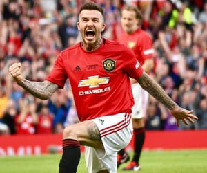 David Beckham, football, and manchester united image