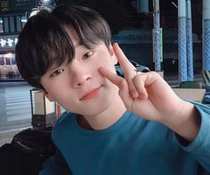 suhwan, kpop, and produce x 101 image