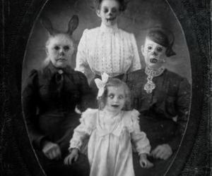 horror, family, and mirror image