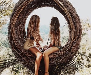 girls, friends, and sisters image