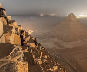 photography and pyramid image