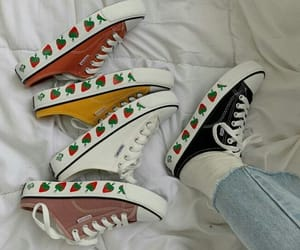 aesthetic, grunge, and sneakers image
