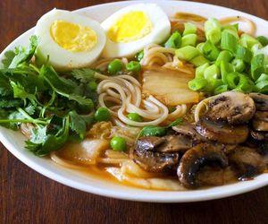 eggs, korean, and mushrooms image