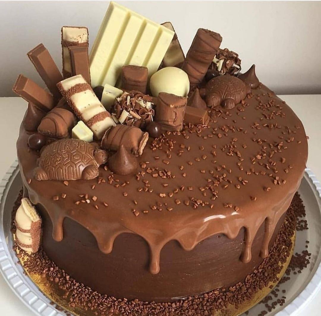 Chocolate Cake 🍰 🍰@_Naina shared by Naina on We Heart It
