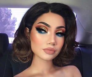 blue eyeshadow, style, and blue make up image