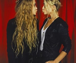 black, marykateolsen, and olsentwins image