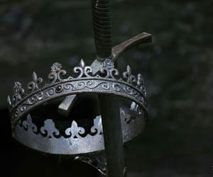 aesthetic, medieval, and Queen image